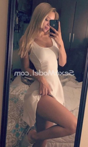 Renza escorte massage sexemodel
