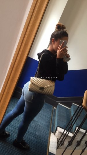 Havida escort girl massage lovesita