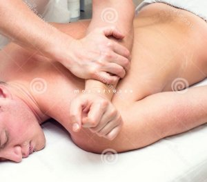 Deirdre escorte massage naturiste