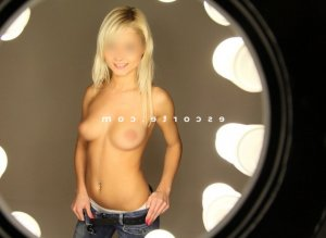 Ornelia massage sexe escorte girl